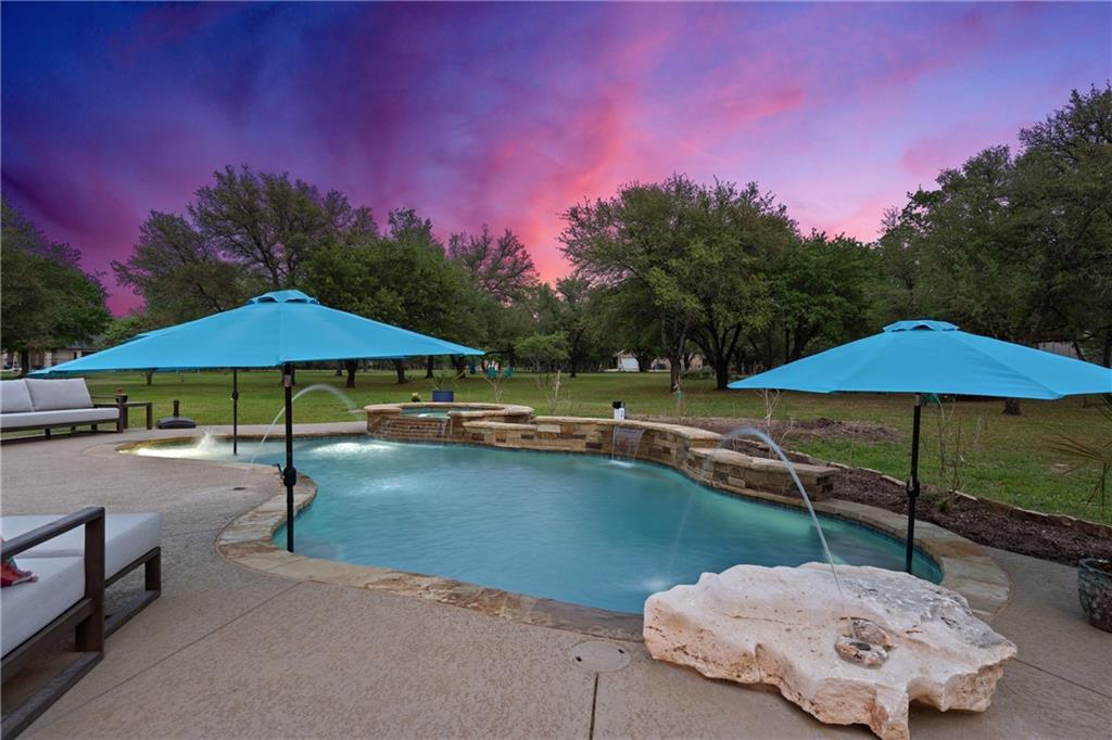 1227 W Creekview DR Property Photo - Salado, TX real estate listing