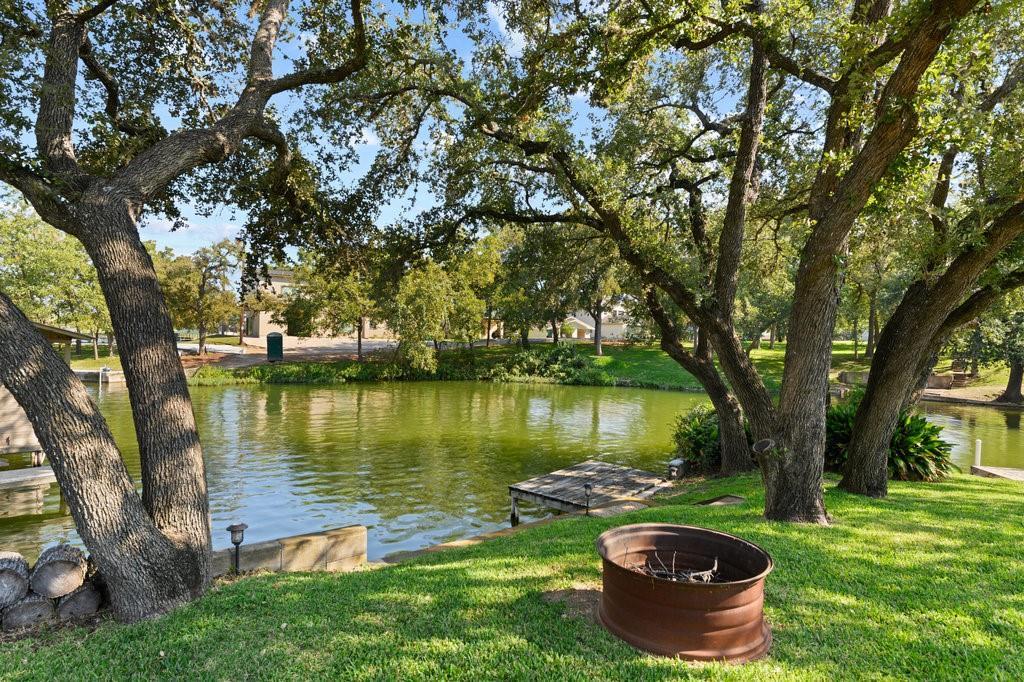 201 Elm Lodge DR Property Photo - Kingsland, TX real estate listing