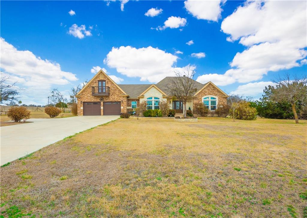 2221 County Road 107 Property Photo - Hutto, TX real estate listing