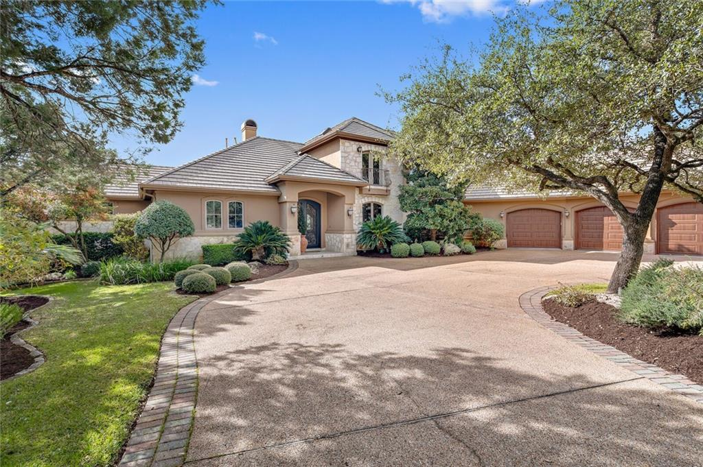 40 Water Front Ave Property Photo - Lakeway, TX real estate listing