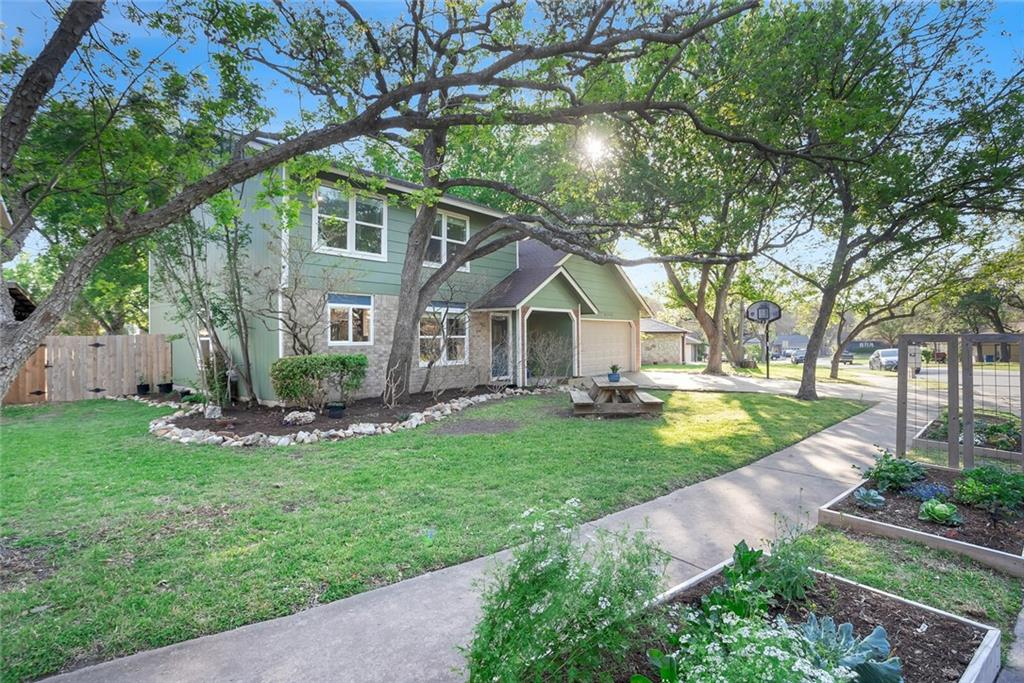 9206 Independence LOOP Property Photo - Austin, TX real estate listing