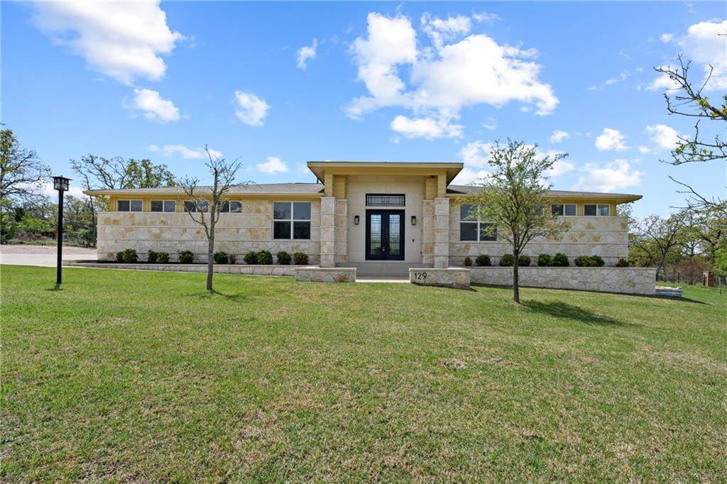 129 Powder Horn RD Property Photo - Bastrop, TX real estate listing