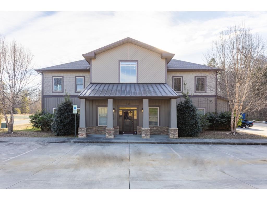 27215 Real Estate Listings Main Image