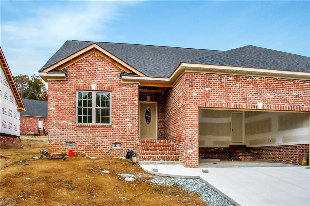 939 Arrowhead, Mebane, NC 27302 - Mebane, NC real estate listing