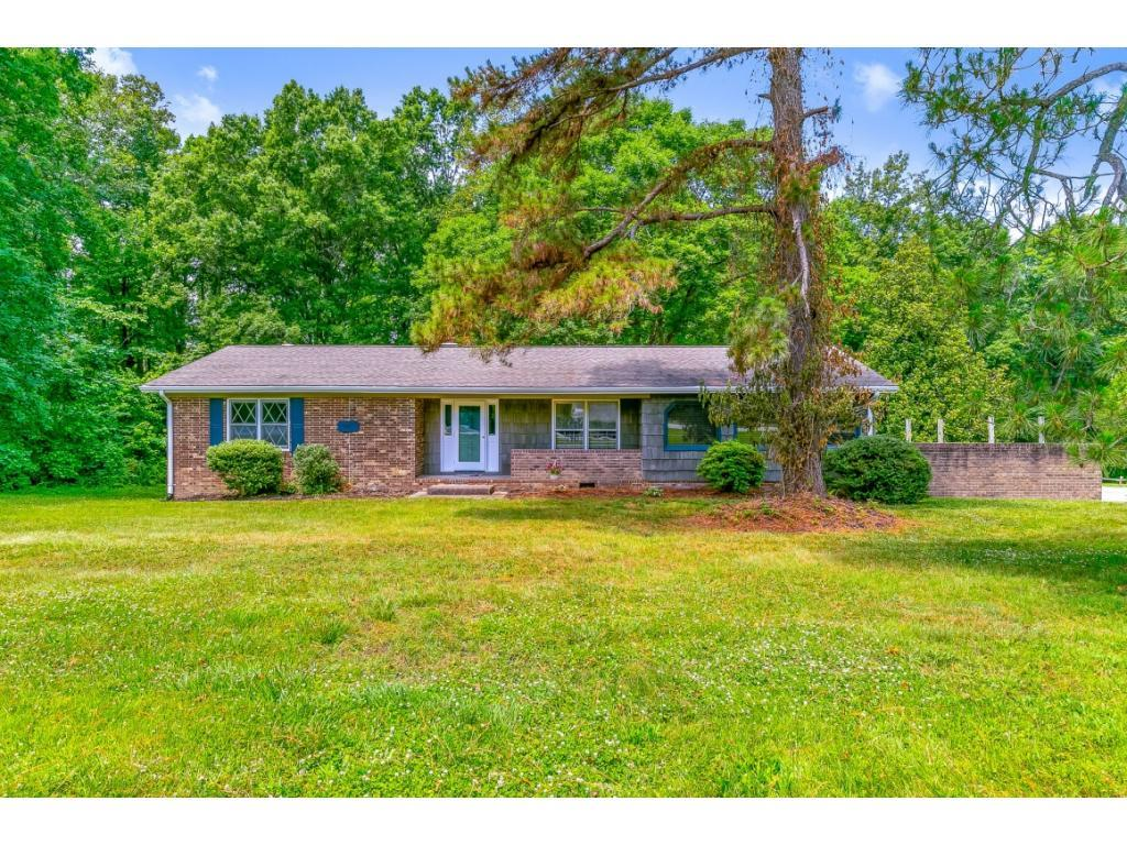 5407 Eastcrest Road, McLeansville, NC 27301 - McLeansville, NC real estate listing