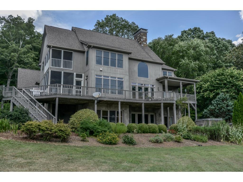 2196 Tom Stevens Road Property Photo - Siler City, NC real estate listing