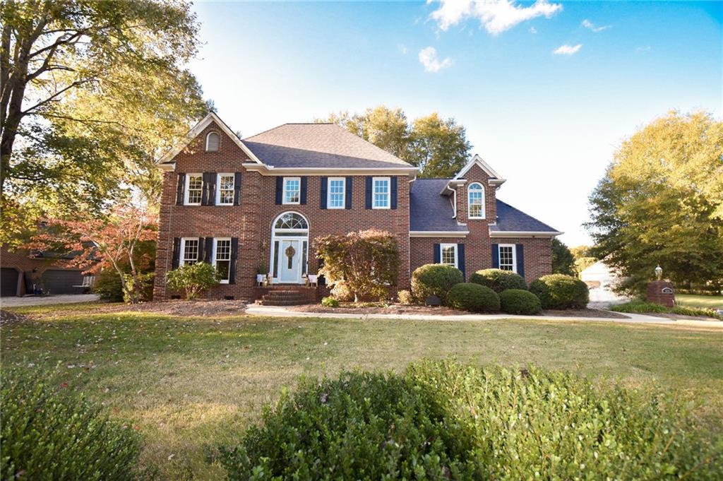 1382 Pebble Drive, Graham, NC 27253 - Graham, NC real estate listing