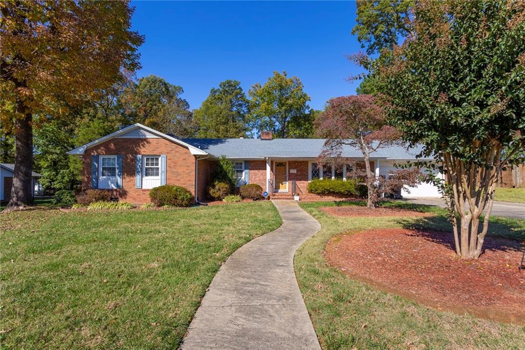 2405 May Drive, Burlington, NC 27215 - Burlington, NC real estate listing