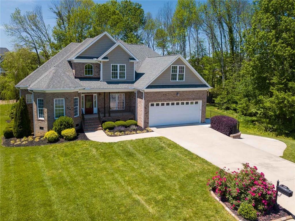 Heritage Glen Real Estate Listings Main Image