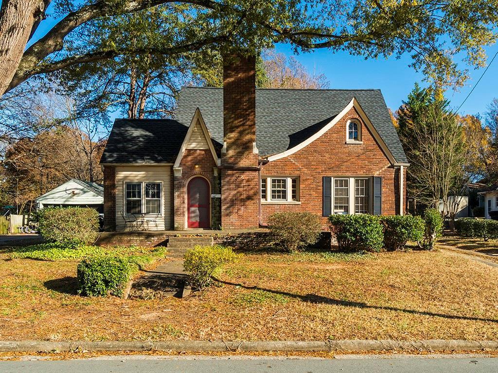 582 Parkview Drive Property Photo - Burlington, NC real estate listing
