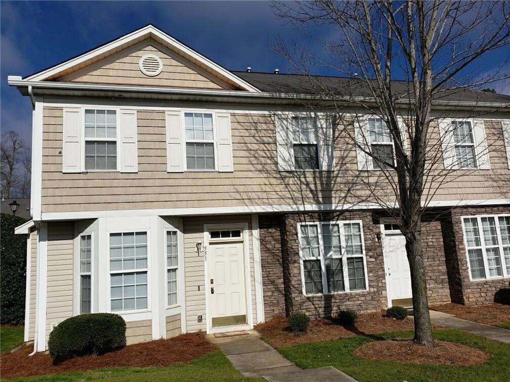 28273 Real Estate Listings Main Image