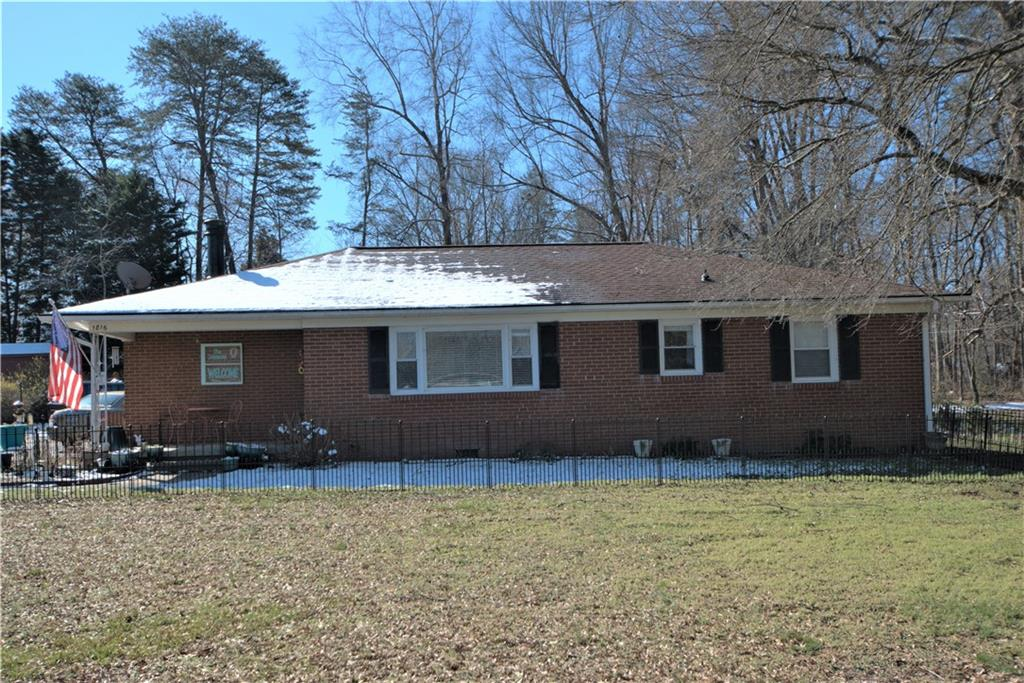 1816 Robinhood Drive, Burlington, NC 27217 - Burlington, NC real estate listing