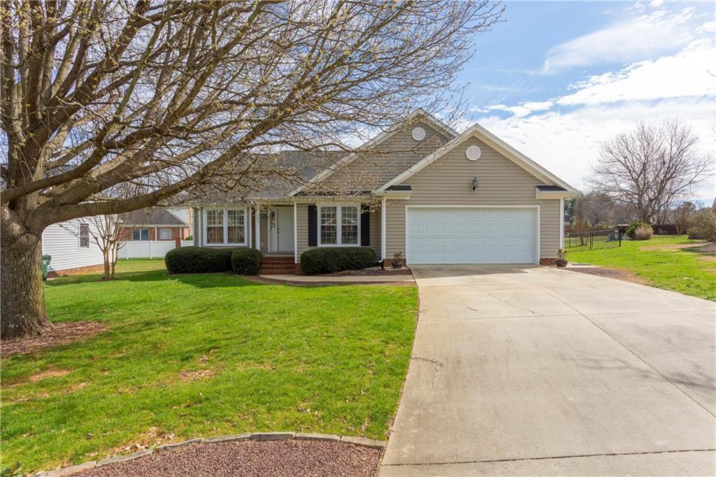 602 Westridge Drive, Burlington, NC 27215 - Burlington, NC real estate listing