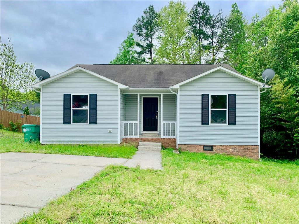 2706 Reginald Court Property Photo - High Point, NC real estate listing