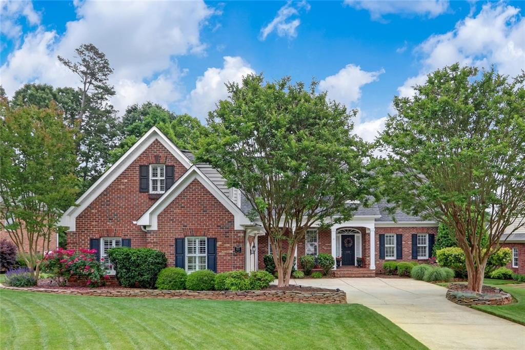 924 Golf House Road W Property Photo - Whitsett, NC real estate listing