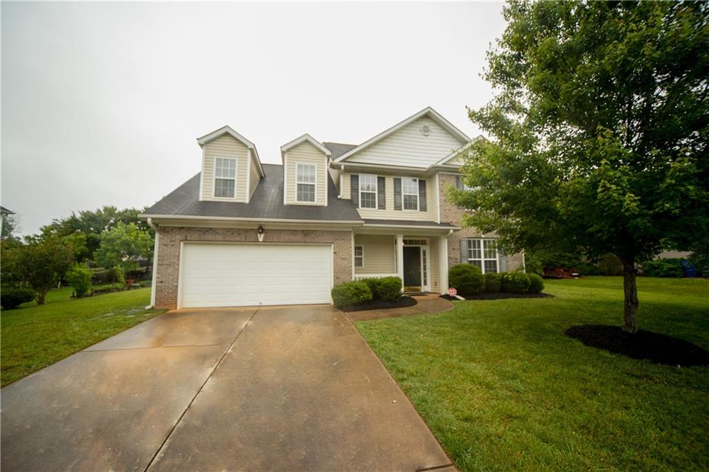 805 Croftwood Drive Property Photo - Gibsonville, NC real estate listing
