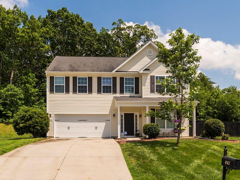 4147 Collonade Court Property Photo - Haw River, NC real estate listing