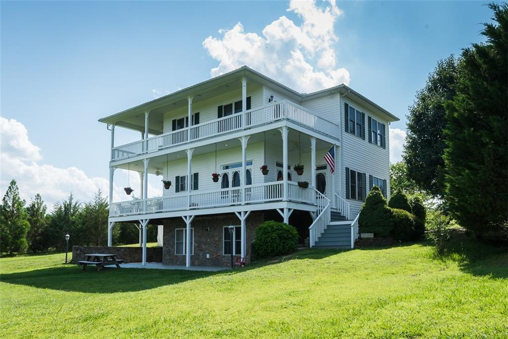 170 Lake Pointe Drive Property Photo - Yanceyville, NC real estate listing