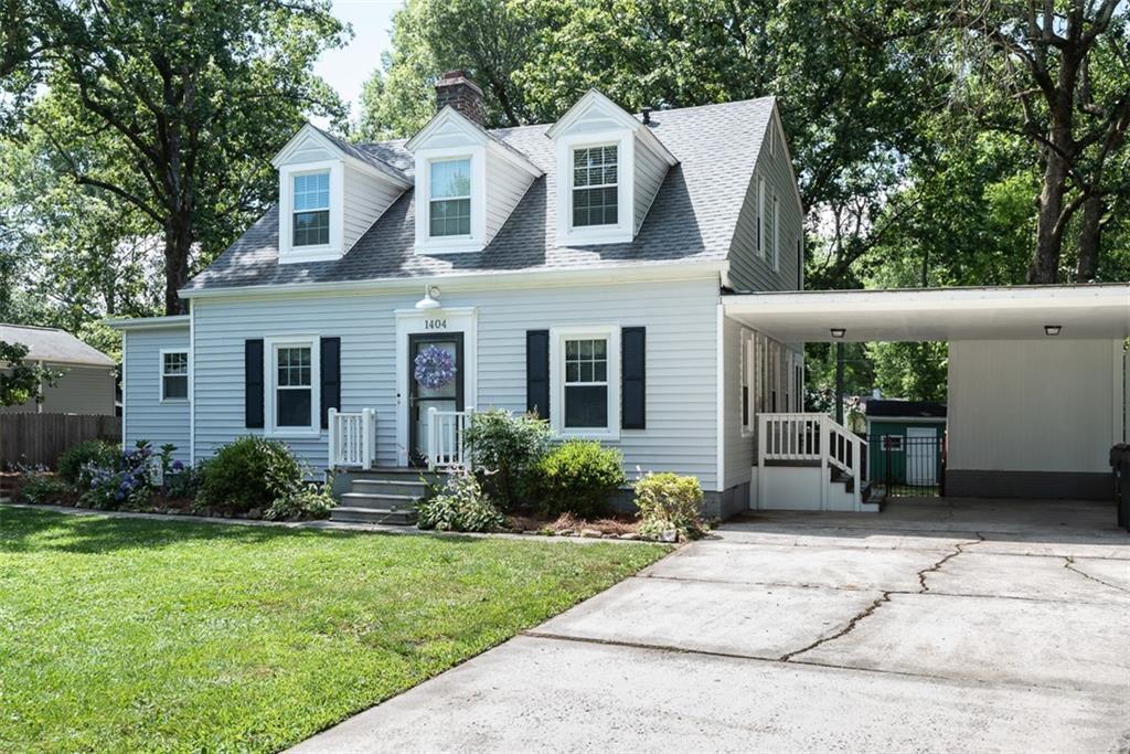 1404 Hawthorne Lane Property Photo - Burlington, NC real estate listing