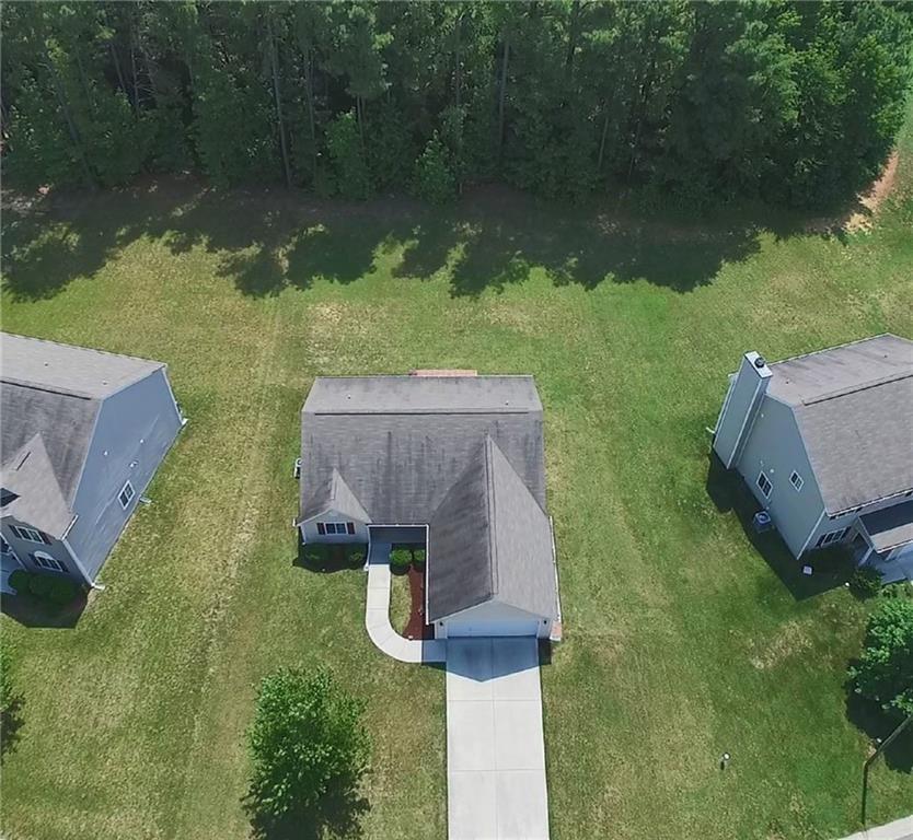 109 Walnut Crossing Drive Property Photo - Whitsett, NC real estate listing