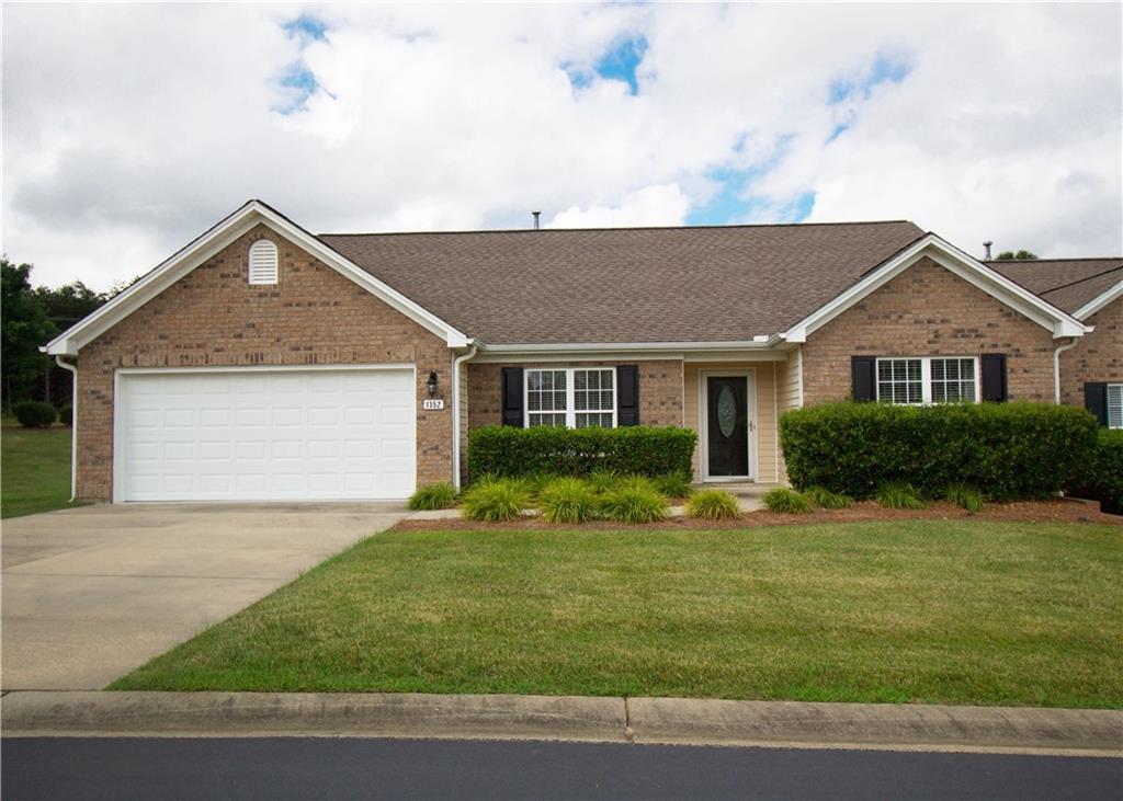 1352 Coppergate Trail Property Photo - Burlington, NC real estate listing