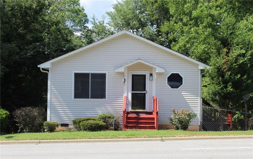 514 W Vandalia Road Property Photo - Greensboro, NC real estate listing