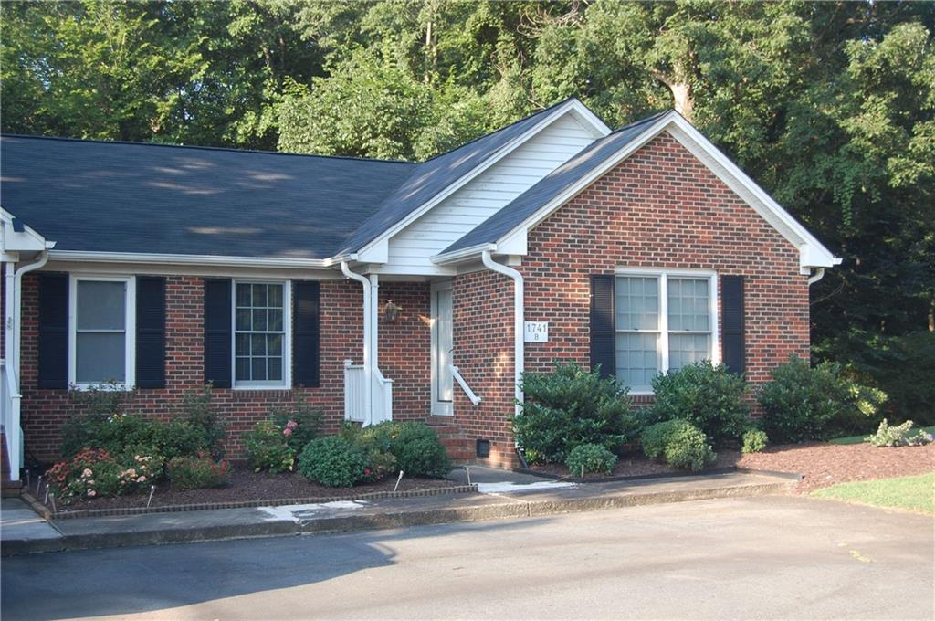 1741 Malone Road #B Property Photo - Burlington, NC real estate listing