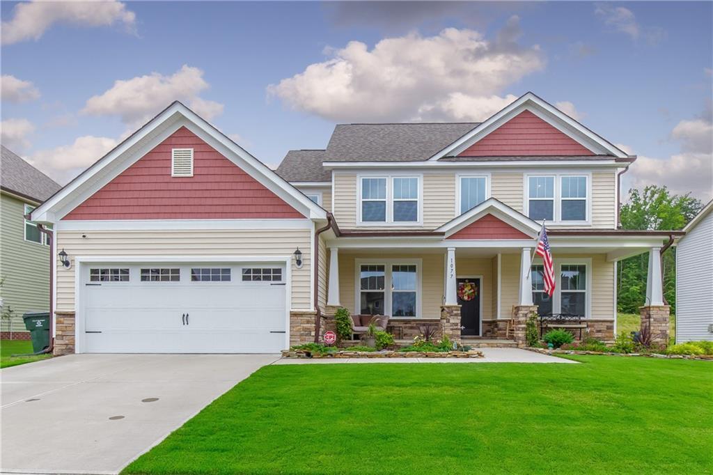 272215 Real Estate Listings Main Image