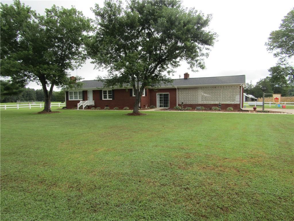 1477 Stadler Road Property Photo - Elon, NC real estate listing