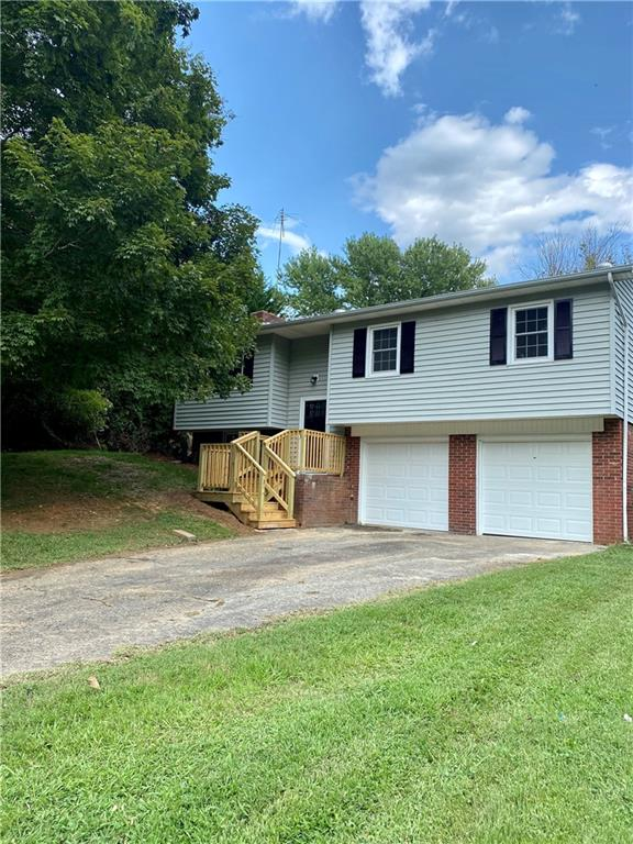 206 Mountain view Court Property Photo - kjjkl, NC real estate listing