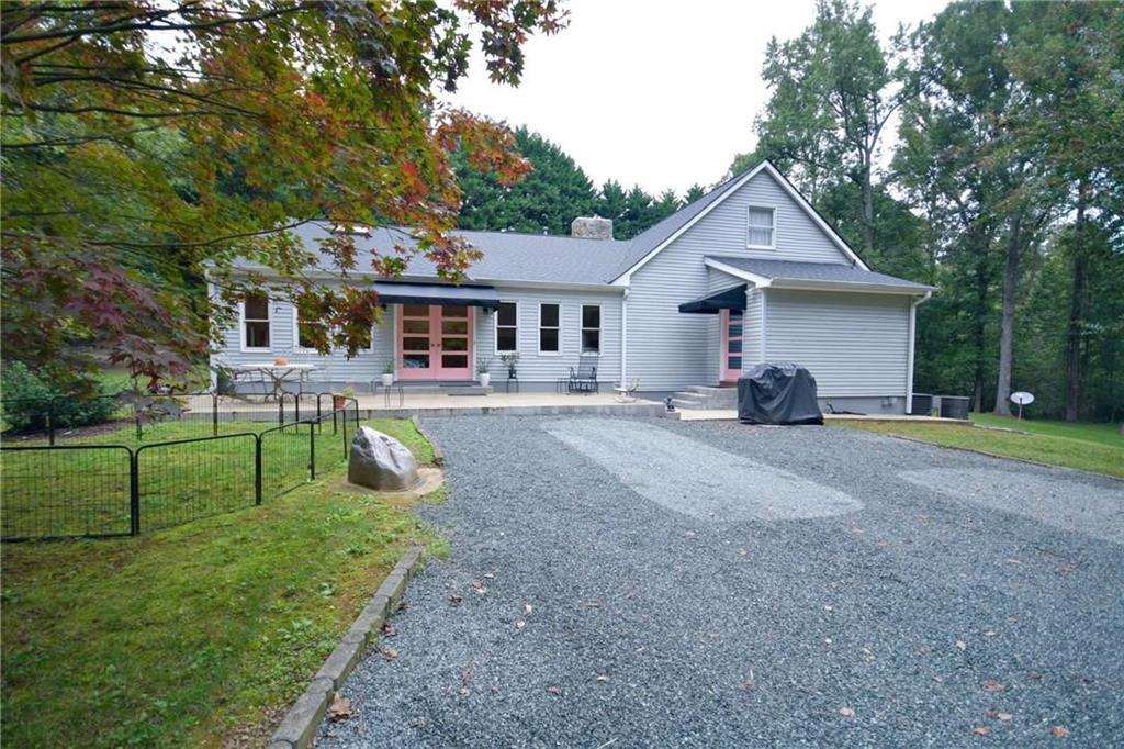 7155 Summerdale Road Property Photo - Elon, NC real estate listing