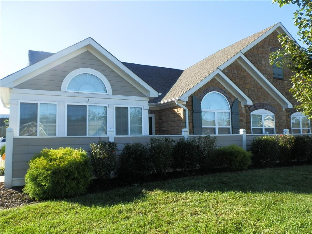 Abbey Glen Real Estate Listings Main Image
