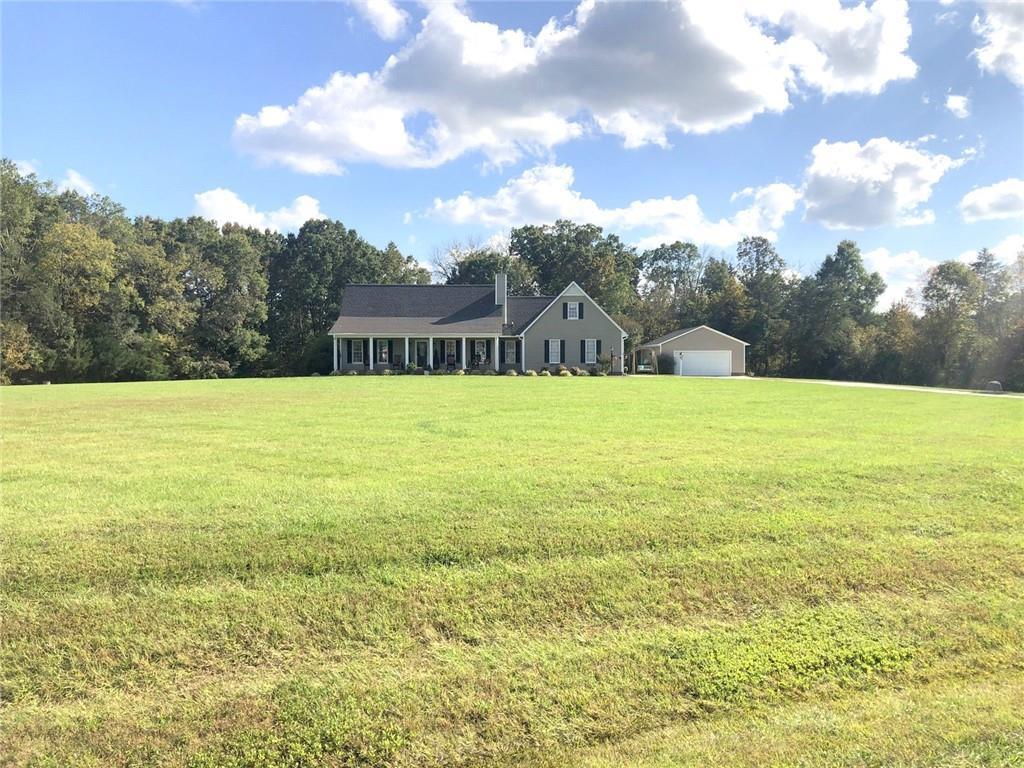 2745 Moss Creek Loop Property Photo - Elon, NC real estate listing
