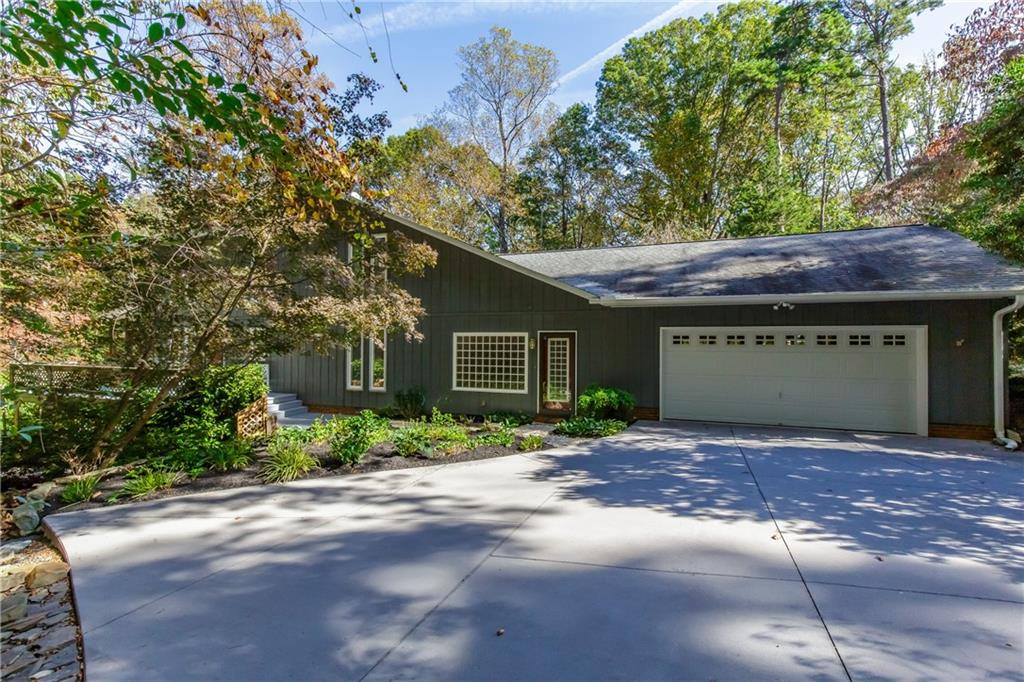 4385 Camp Betty Hastings Road Property Photo - Walkertown, NC real estate listing