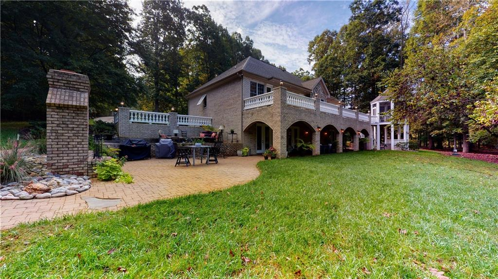 42 Turnberry Lane Property Photo - Siler City, NC real estate listing
