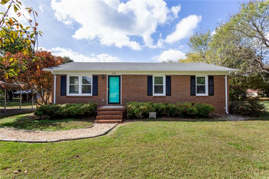 7216 S New Garden Road Property Photo - Julian, NC real estate listing