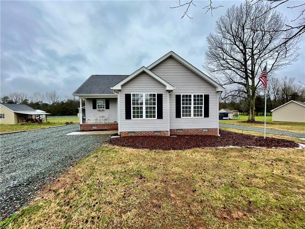 6755 Cottonwood Drive Property Photo - Snow Camp, NC real estate listing