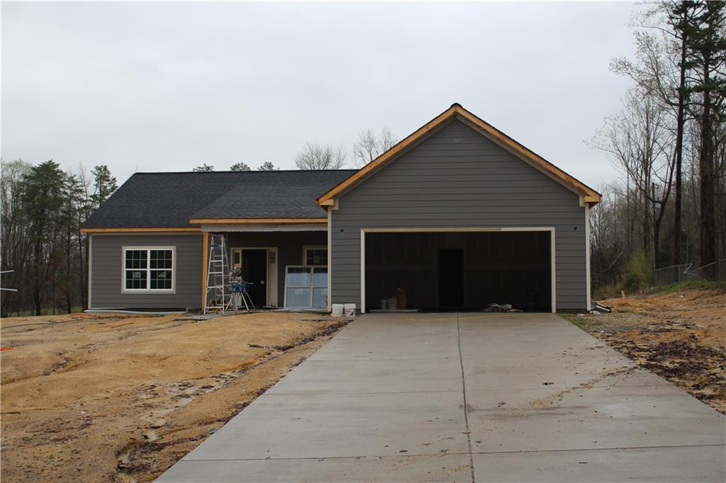 1308 Ranhurst Road Property Photo - McLeansville, NC real estate listing