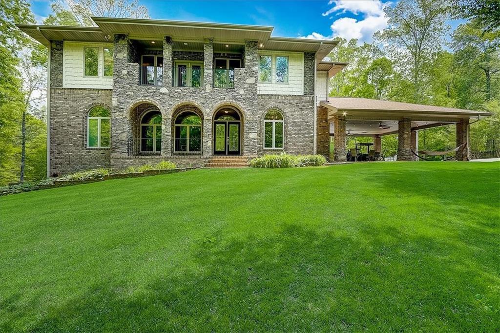 2550 Nealwood Avenue Property Photo