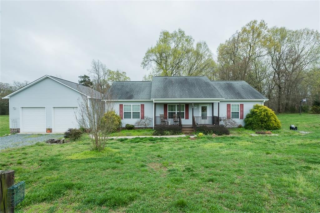 9032 Whitehouse Court Property Photo - Snow Camp, NC real estate listing
