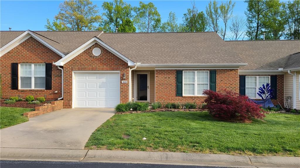 3809 Tartan Lane Property Photo - Burlington, NC real estate listing