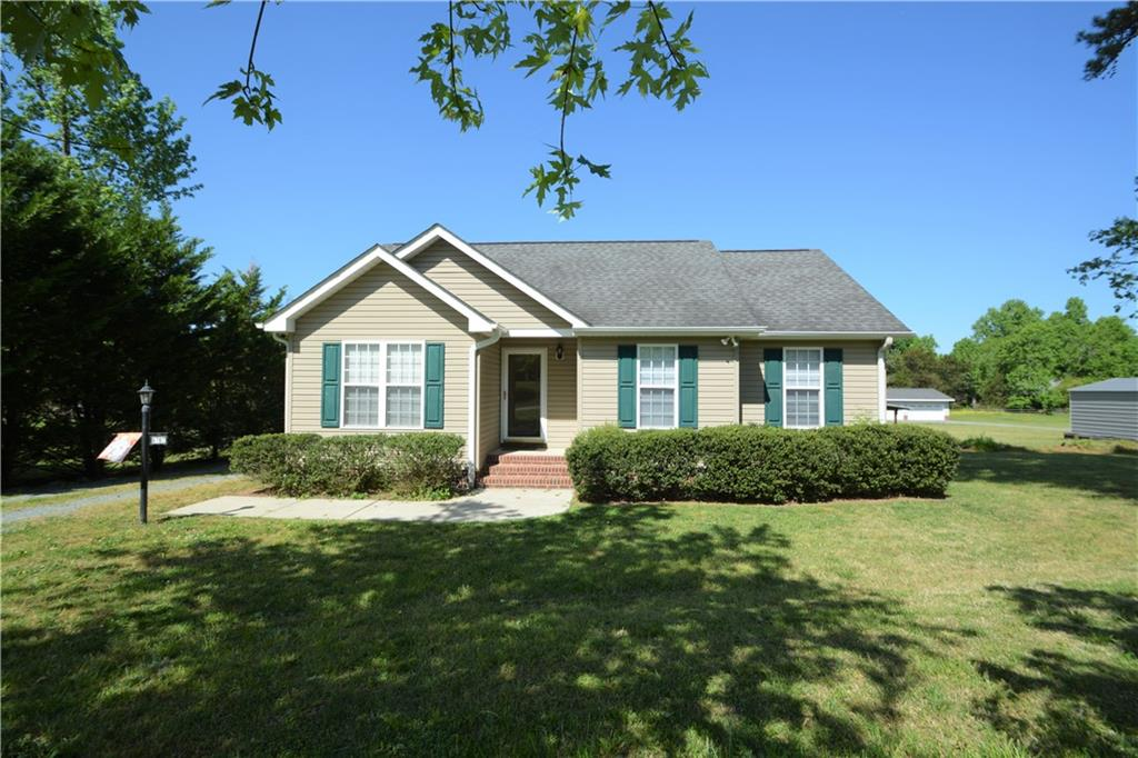 6767 Cottonwood Drive Property Photo - Snow Camp, NC real estate listing
