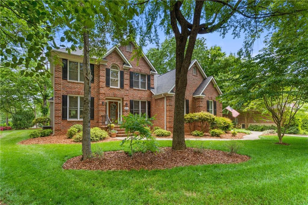 604 Gantwood Lane Property Photo - Whitsett, NC real estate listing