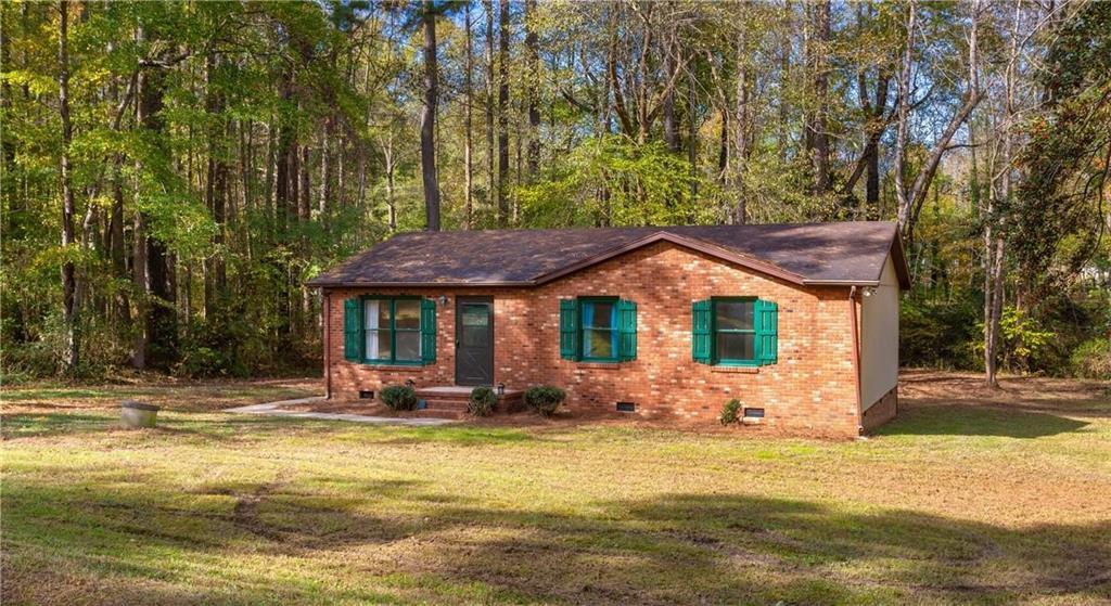 5402 Newland Drive Property Photo