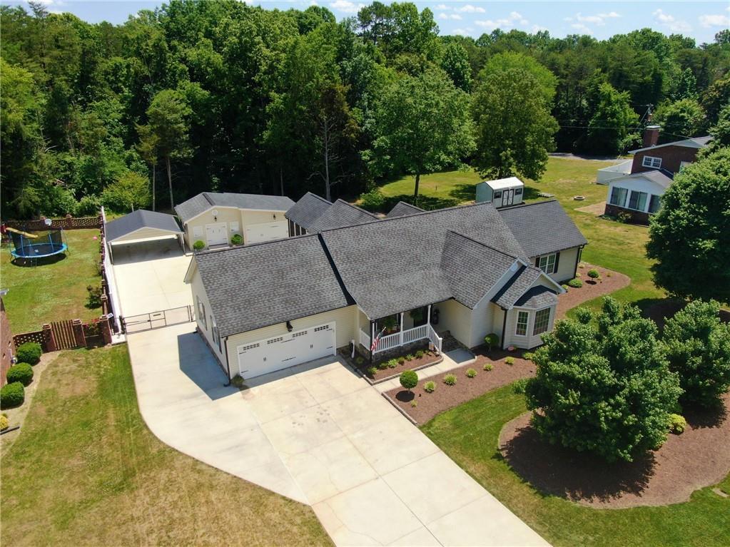 1248 Lawndale Road Property Photo