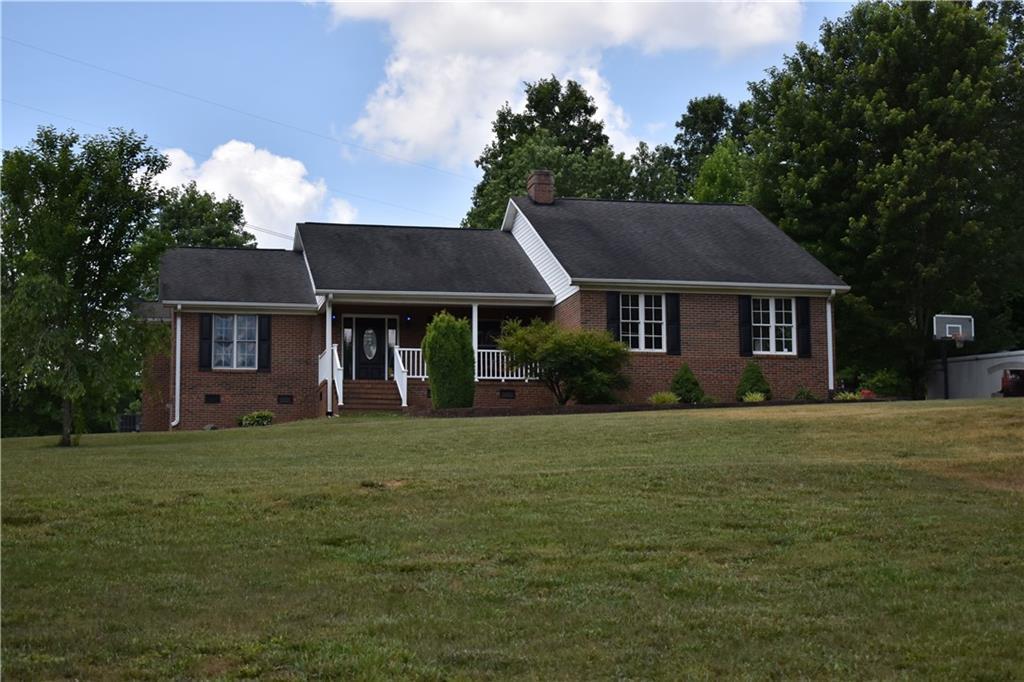 6994 Farmhouse Road Property Photo