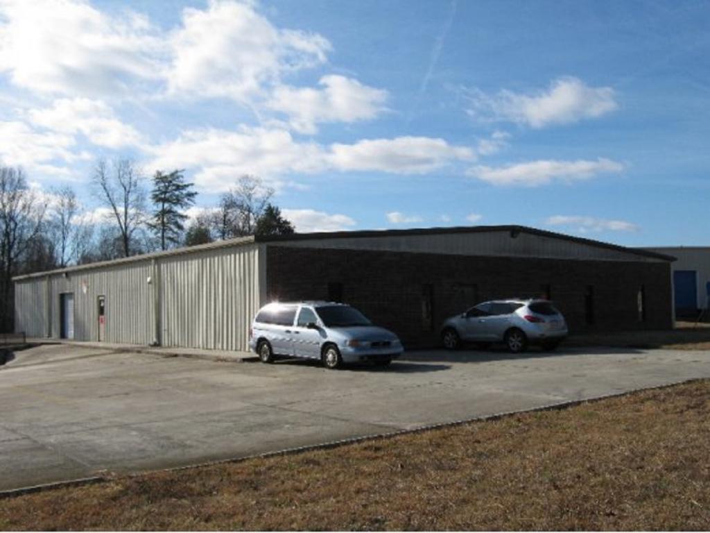 805 E Parker Street, Graham, NC 27253 - Graham, NC real estate listing