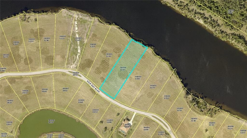 2066 Silk Bay Boulevard Property Photo - ALVA, FL real estate listing