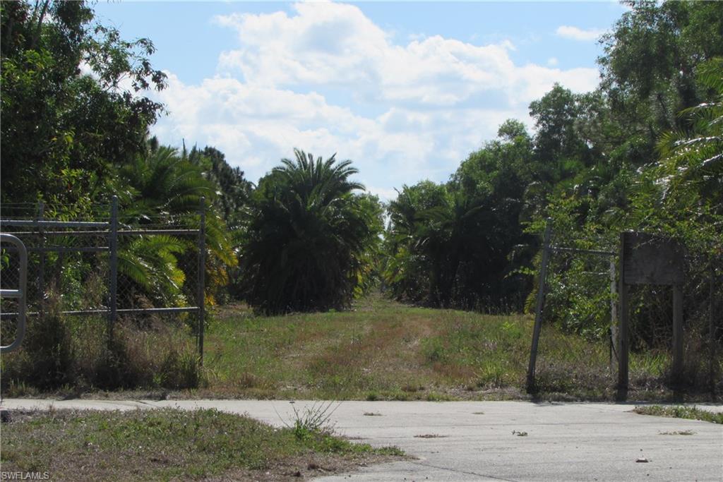 6700 Stringfellow Road Property Photo