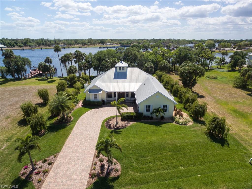 16430 Oakview Circle Property Photo - ALVA, FL real estate listing